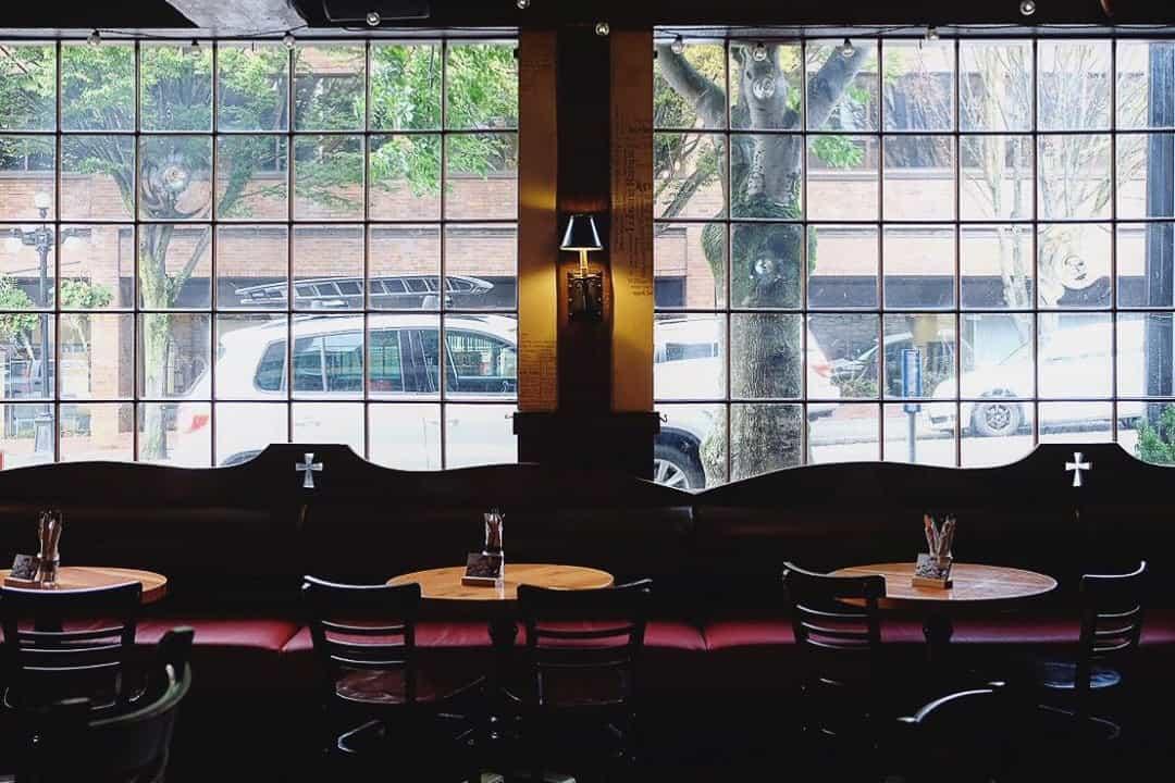 Smiths Pub, Victoria BC
